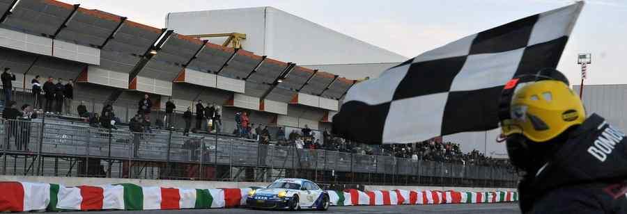 Glauco Solieri pronto a tornare in pista , sarà tra i protagonisti del Trofeo Porsche Cup al Motor Show di Bologna.