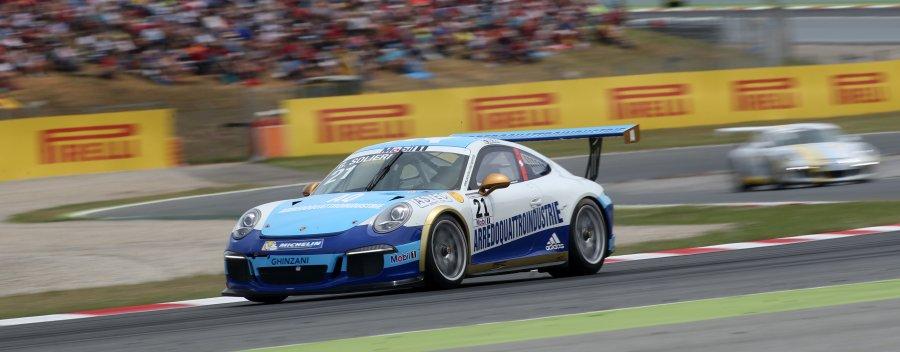 Primo debutto al Gran Premio di Spagna nel prestigioso Porsche Supercup 2015
